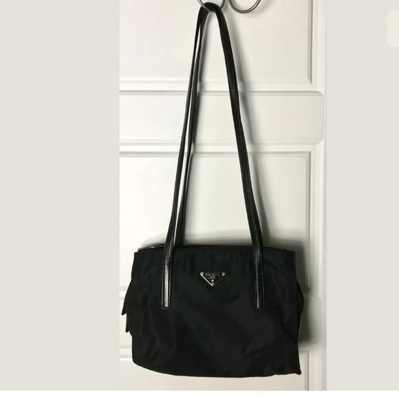 39d533fe879f22 Prada nylon shoulder bag leather trim. M_5ada7bbb2ae12f72fd37463f